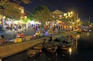 Reisebericht Vietnam: Abends am Fluss