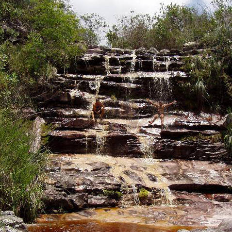 Badespaß im Wasserfall