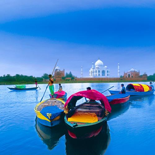 Taj Mahal Boote