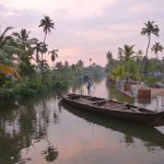 Abendstimmung in den Backwaters von Kerala