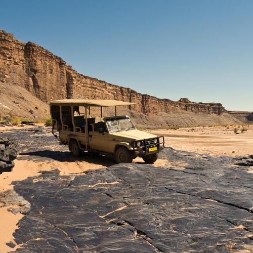 Fahrzeug im Fish River Canyon