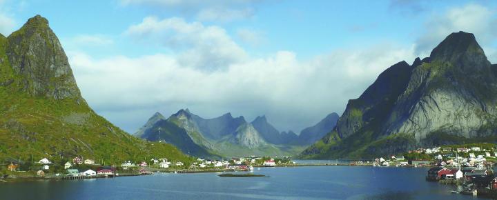 Wandern und Wale auf den Lofoten