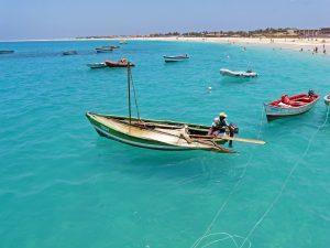 Kapverden - Strand und Fischer